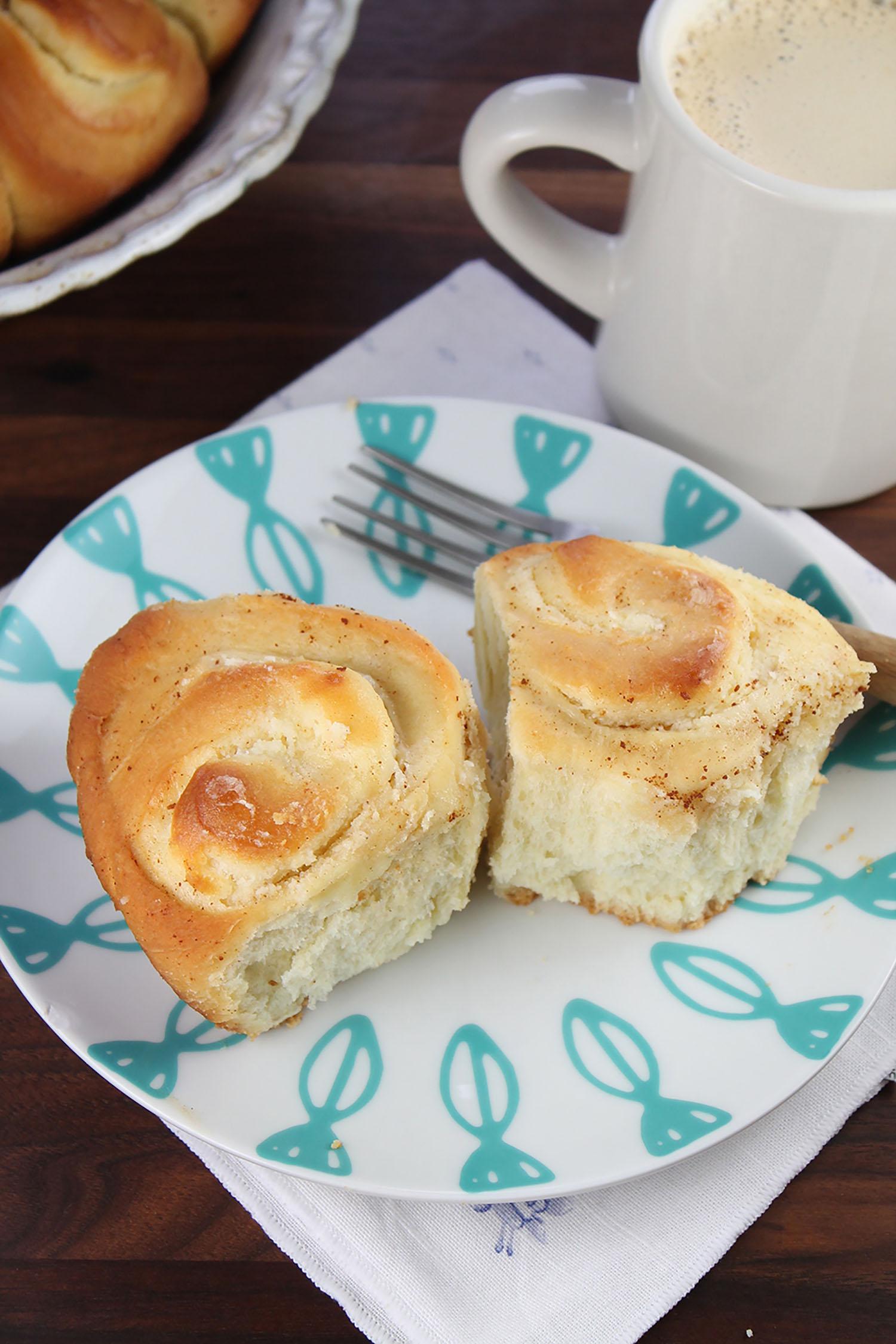 Cream Cheese Filled Brioche Rolls