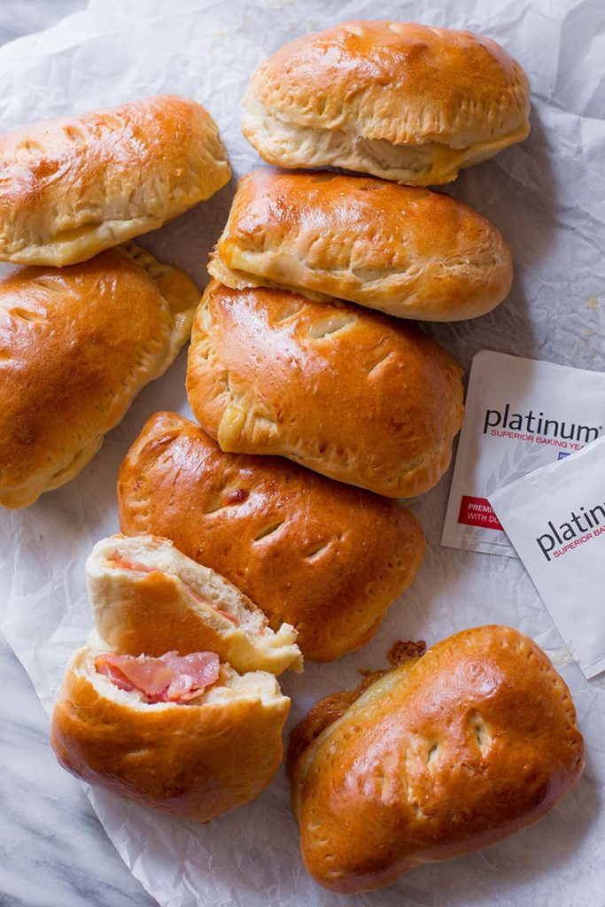 Homemade Ham & Cheese Hot Pockets | Make freezer-friendly homemade ham & cheese pockets with this easy recipe! Quick to reheat on the go! Find recipe at redstaryeast.com.