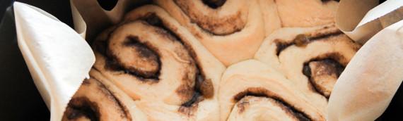 Slow Cooker Hot Cross Bun Cinnamon Rolls