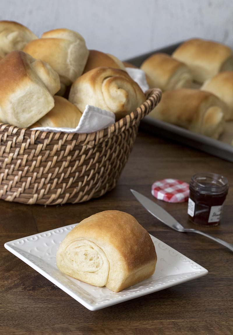 Lion House Rolls | Lion House Rolls are a popular dinner roll for a reason. They're big, fluffy, easy-to-make, old-fashioned dinner rolls that your family will ask you to make again and again. Find recipe at redstaryeast.com.
