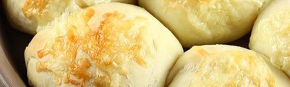 White Cheddar Potato Dinner Rolls