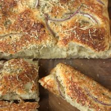 Batterway Cheese and Herb Focaccia | An easy, no-knead focaccia bread - serve warm out of the oven with your favorite salad or dipping sauce. Find recipe at redstaryeast.com.