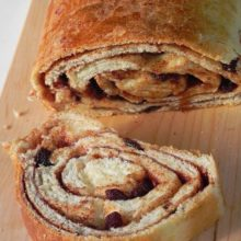 Cinnamon Raisin Swirl Bread | Swirls of cinnamon and raisins make this bread irresistible! Find recipe at redstaryeast.com.