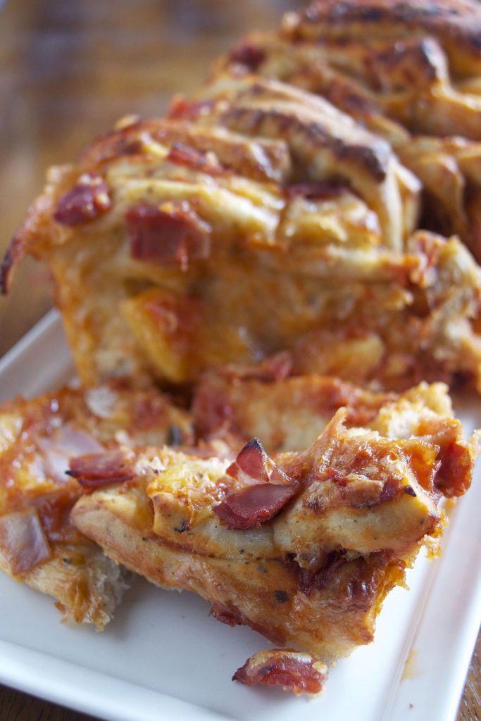Ham and Pineapple Pizza Pull Apart Bread recipe