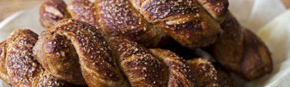 Cinnamon Pretzel Twists