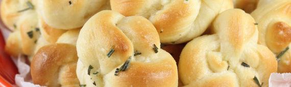Quick Rosemary Garlic Knots