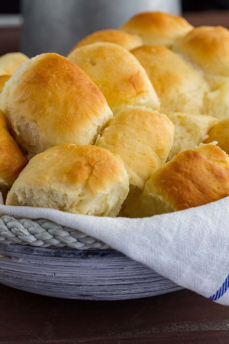 Amish Dinner Rolls Recipe Video Red Star Yeast