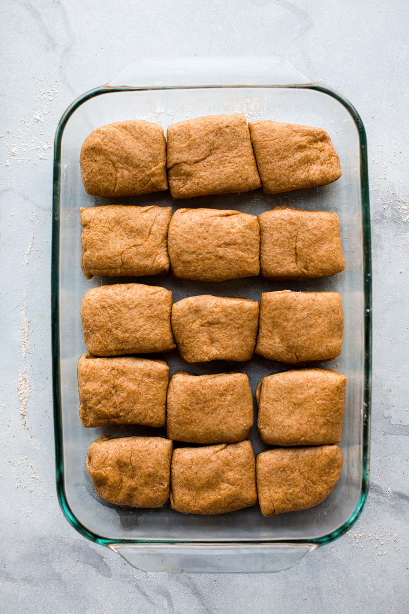Honey Whole Wheat Dinner Rolls | These 100% whole wheat dinner rolls are nutty, a bit sweet, and have a wonderfully soft and hearty texture. Find recipe at redstaryeast.com.