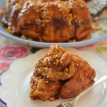 Caramel Cashew Monkey Bread | This luscious caramel, cashew monkey bread is the perfect way to turn homemade dough into the most delicious breakfast treat. Find recipe at redstaryeast.com.